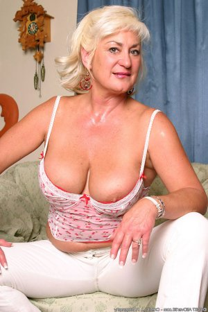 Jamela facesitting escorts Tallmadge, OH